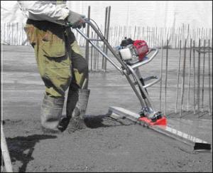 Процесс уплотнения бетонной смеси