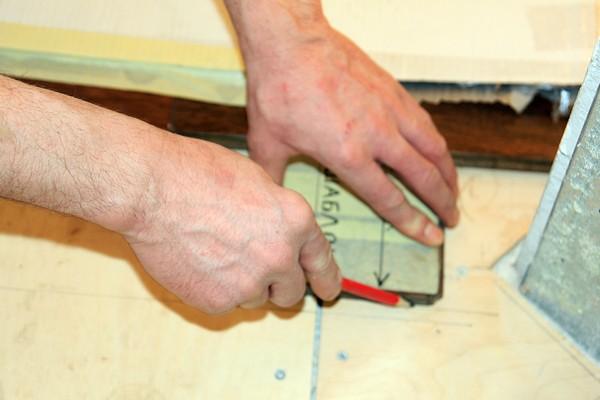 Инструкция по укладке массивной доски.