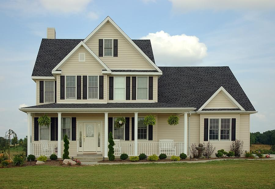 Интересные идеи оформление фасада загородного дома
