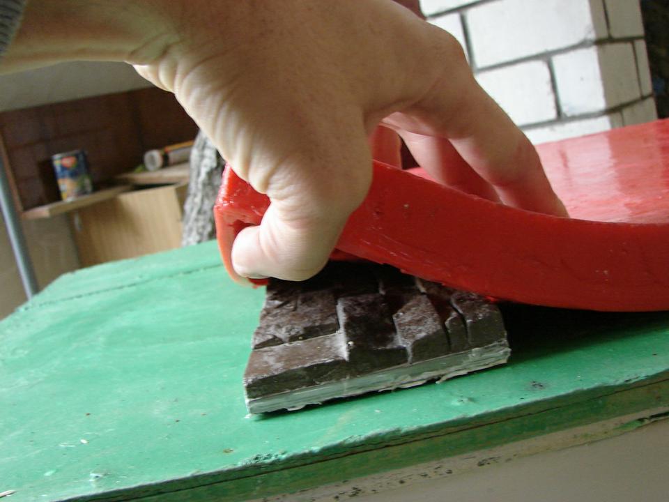 Технология создания полиуретановой формы для искусственного камня из литьевого полиуретана